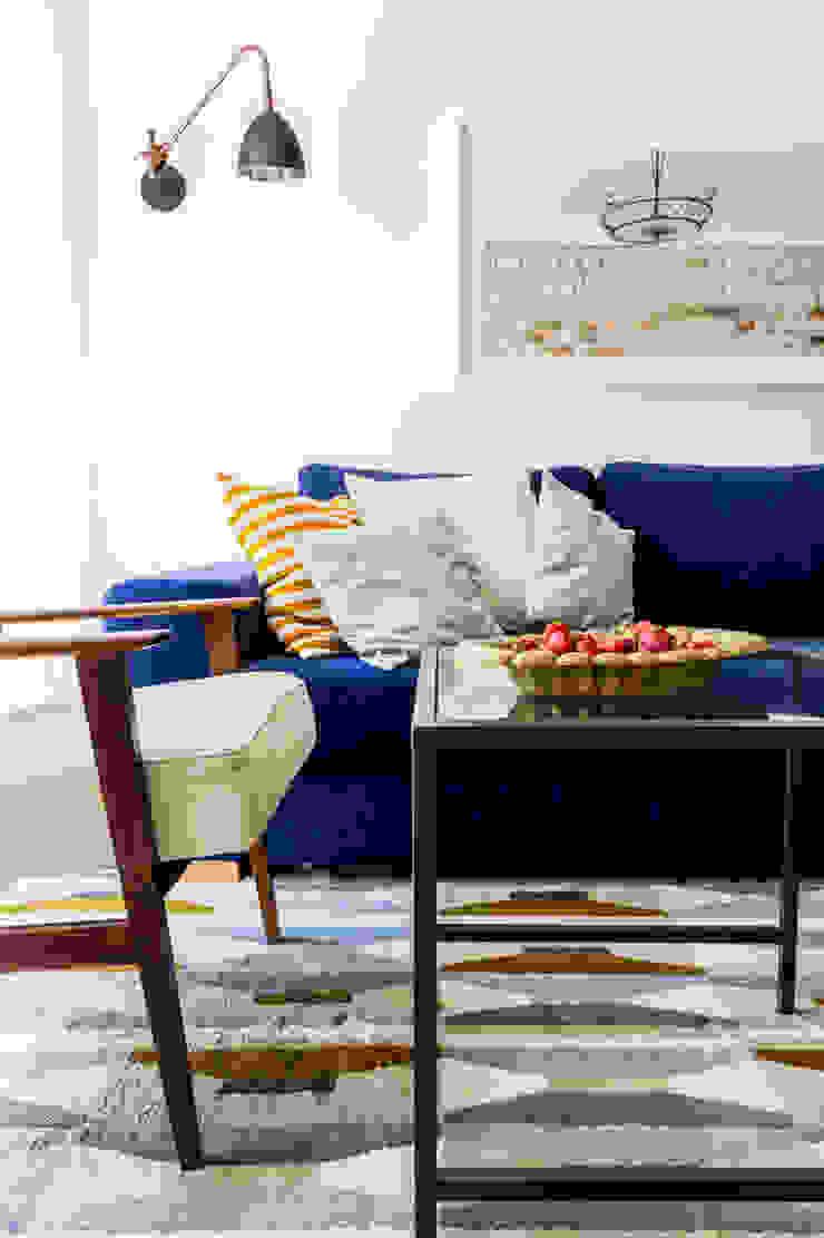 Our photoshoot of apartment design by D Plus Dagmara Zawadzka Nowoczesny salon od Ayuko Studio Nowoczesny