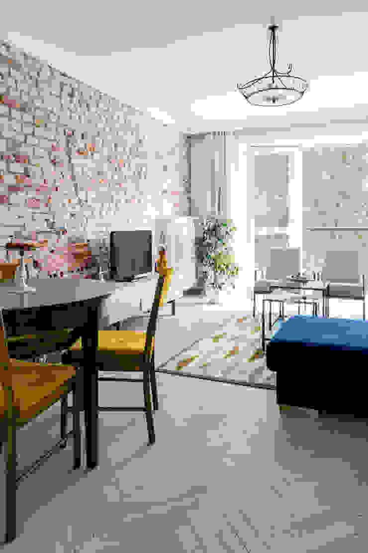 Our photoshoot of apartment design by D Plus Dagmara Zawadzka Nowoczesny salon od Ayuko Studio Nowoczesny Cegły
