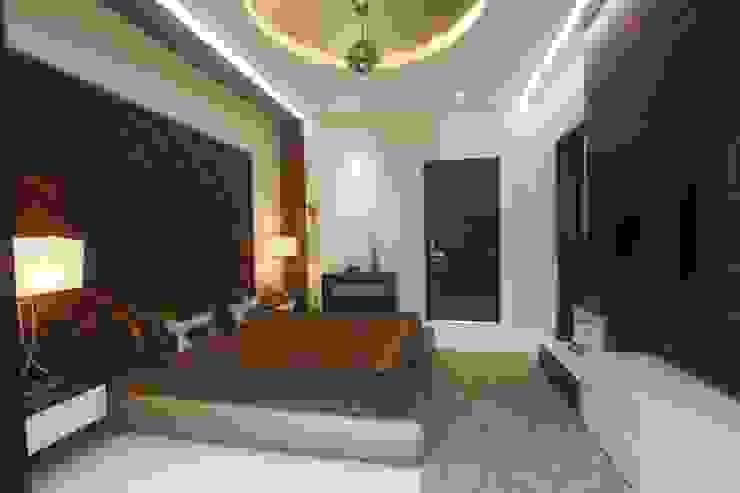 PARENTS BEDROOM Modern style bedroom by INNERSPACE Modern