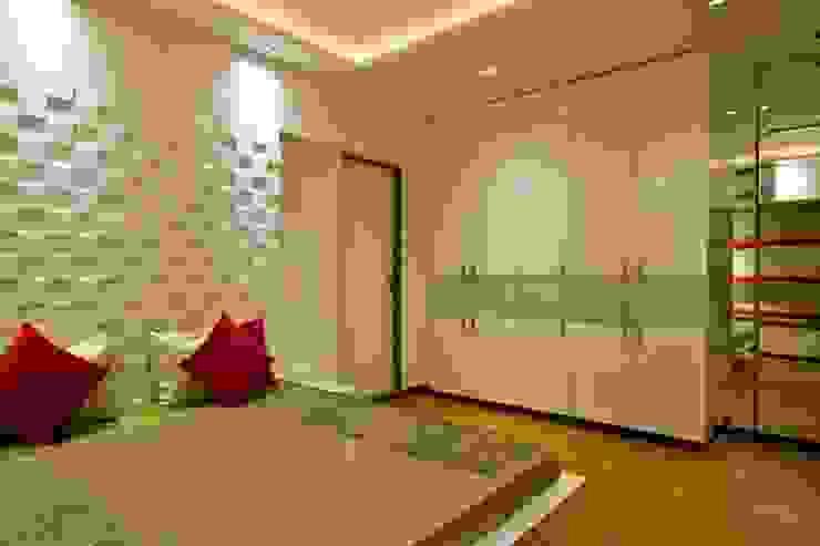 Kunal & Associates Modern style bedroom