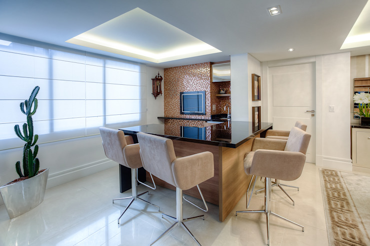 Dining room by VL Arquitetura e Interiores, Classic