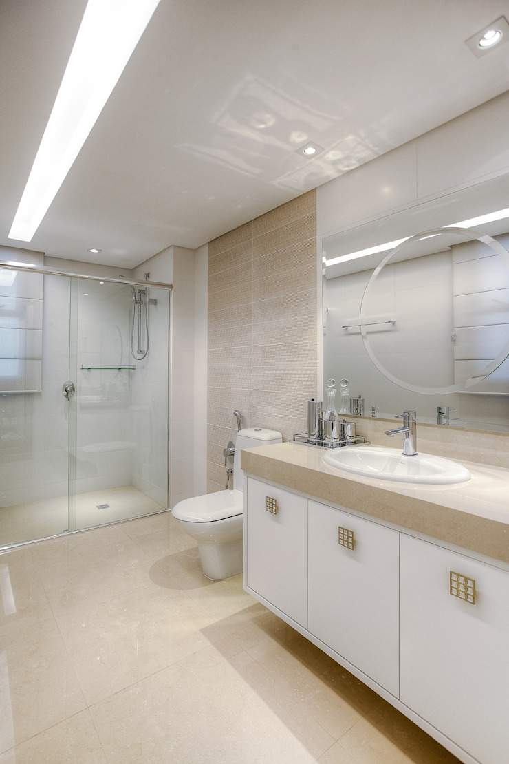 Residência Juvevê Banheiros clássicos por VL Arquitetura e Interiores Clássico