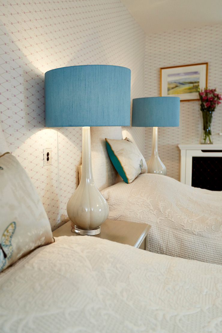 Guest Bedroom Two Etons of Bath Classic style bedroom Turquoise