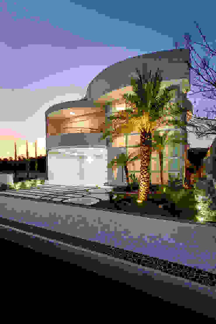 Casa Tripoli Casas modernas por Arquiteto Aquiles Nícolas Kílaris Moderno Concreto
