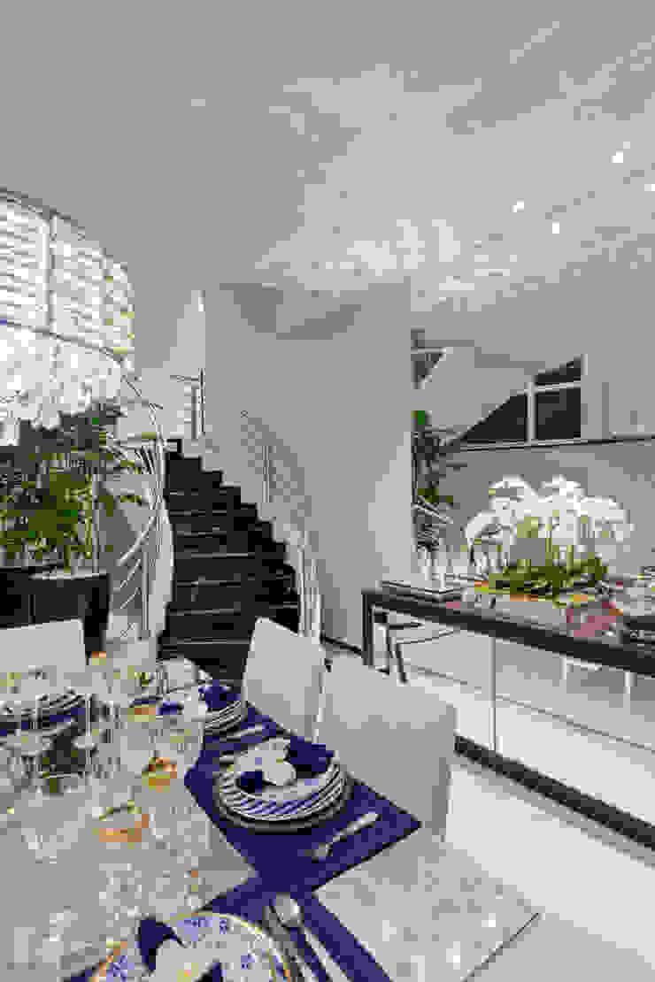 Casa Tripoli Salas de jantar modernas por Arquiteto Aquiles Nícolas Kílaris Moderno