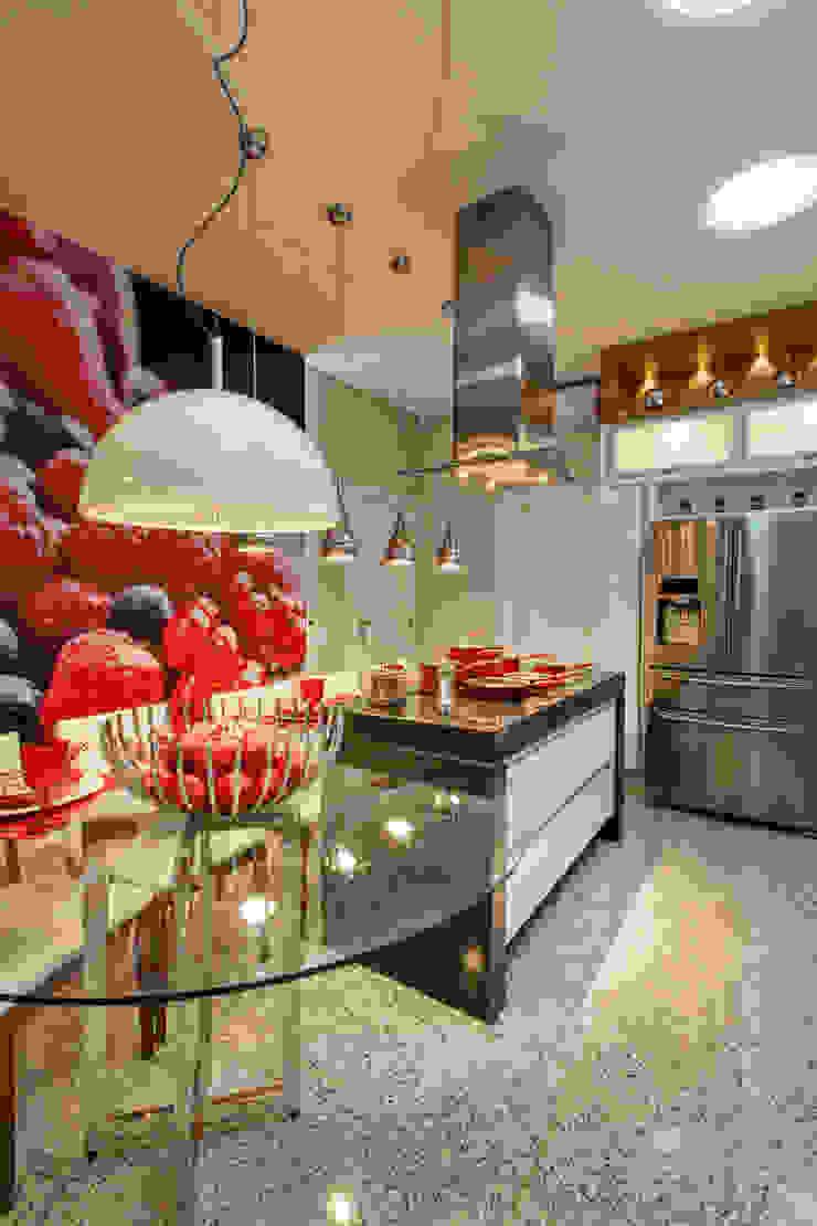 Casa Tripoli Cozinhas modernas por Arquiteto Aquiles Nícolas Kílaris Moderno