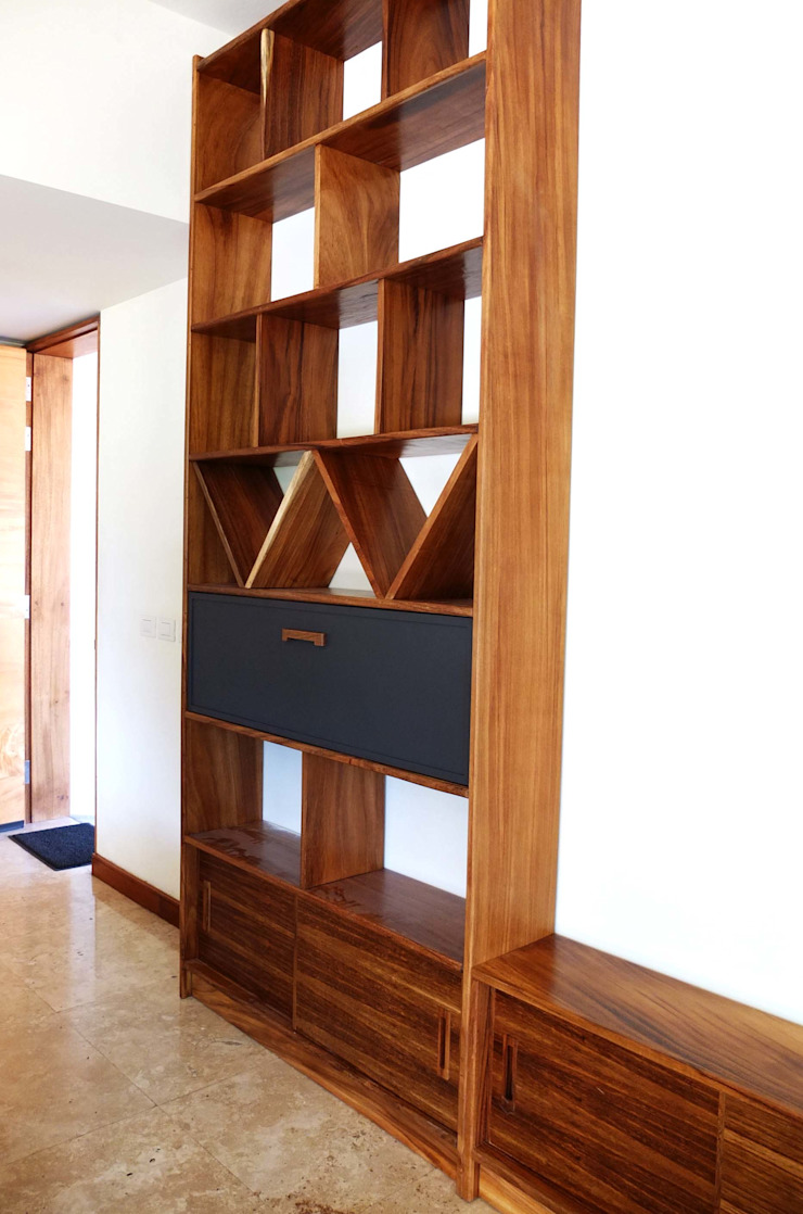 Home Library de Tigra Minimalista Madera maciza Multicolor