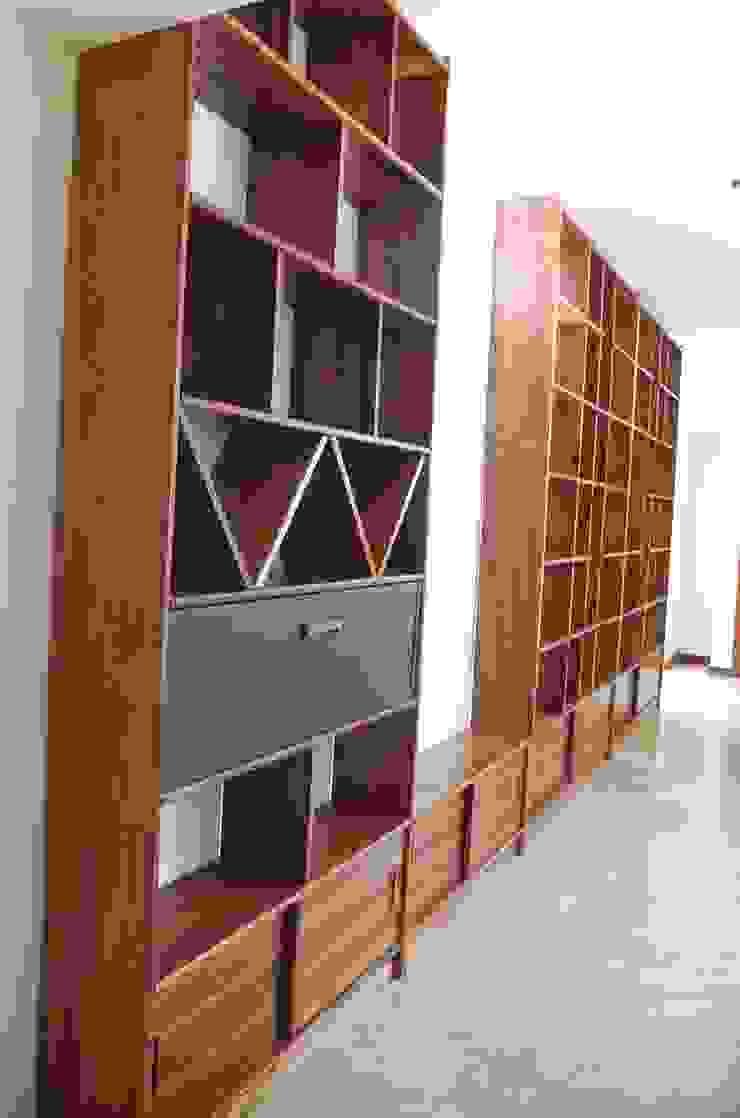 Home Library custum design de Tigra Minimalista Madera maciza Multicolor