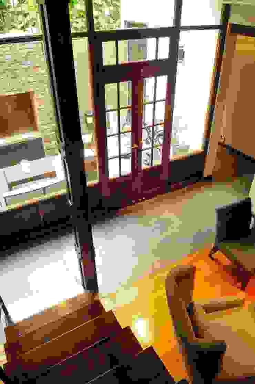 Sala de estar by Radrizzani Rioja Arquitectos Minimalist Wood Wood effect