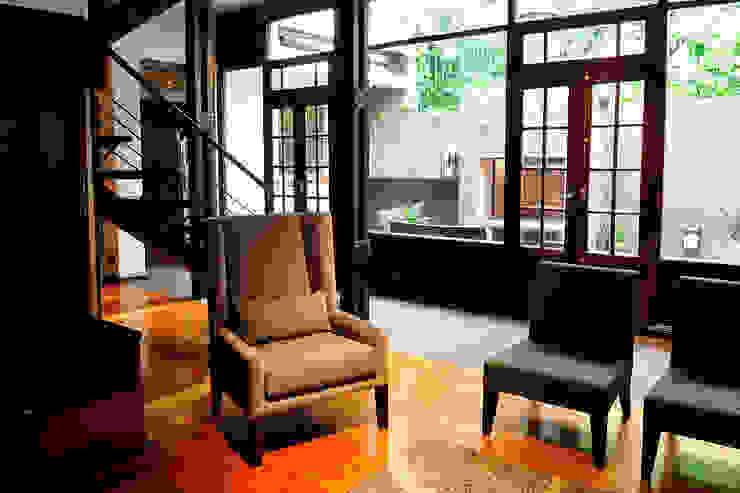 Sala de estar Minimalist living room by Radrizzani Rioja Arquitectos Minimalist Wood Wood effect