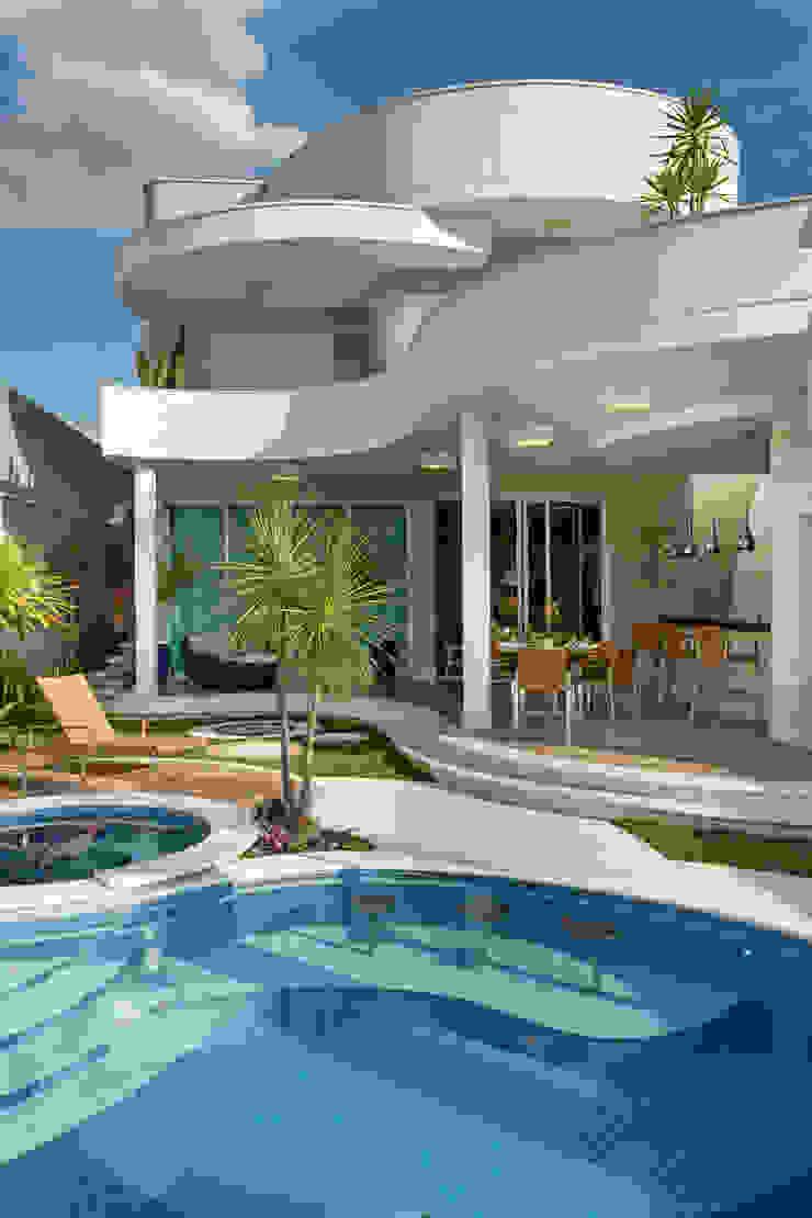 Casa Tripoli Casas modernas por Arquiteto Aquiles Nícolas Kílaris Moderno