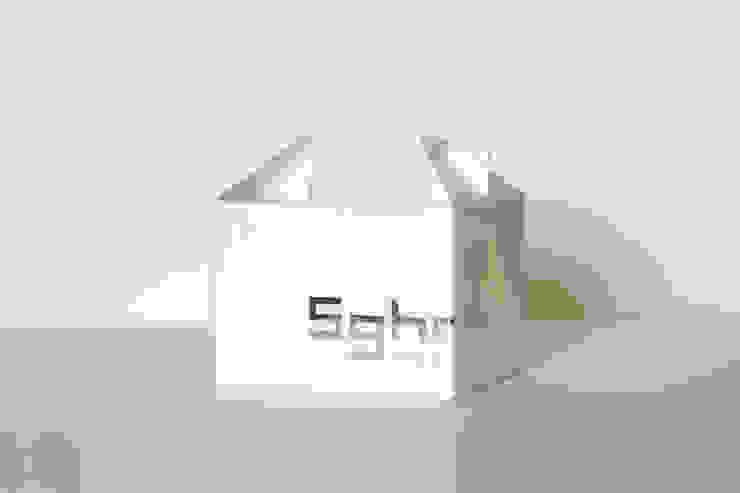 パッケージ: switch designが手掛けた折衷的なです。,オリジナル