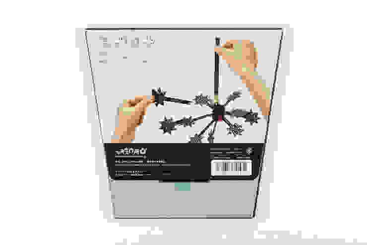 パッケージ ウラ面: switch designが手掛けたアジア人です。,和風 紙