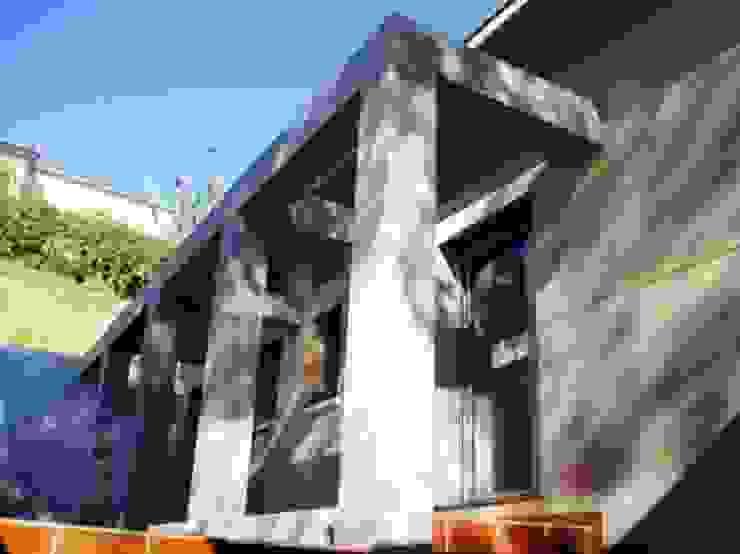 fachada interior Balcones y terrazas de estilo mediterráneo de Oleb Arquitectura & Interiorismo Mediterráneo