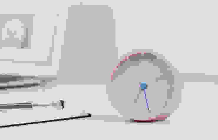 Alarm Clock – MONDO: miyake designが手掛けたミニマリストです。,ミニマル