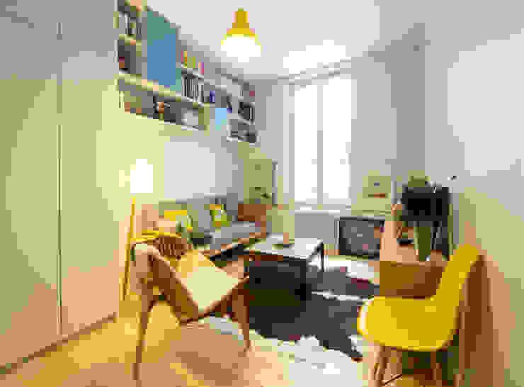 Batiik Studio Sala de estarSofás e divãs