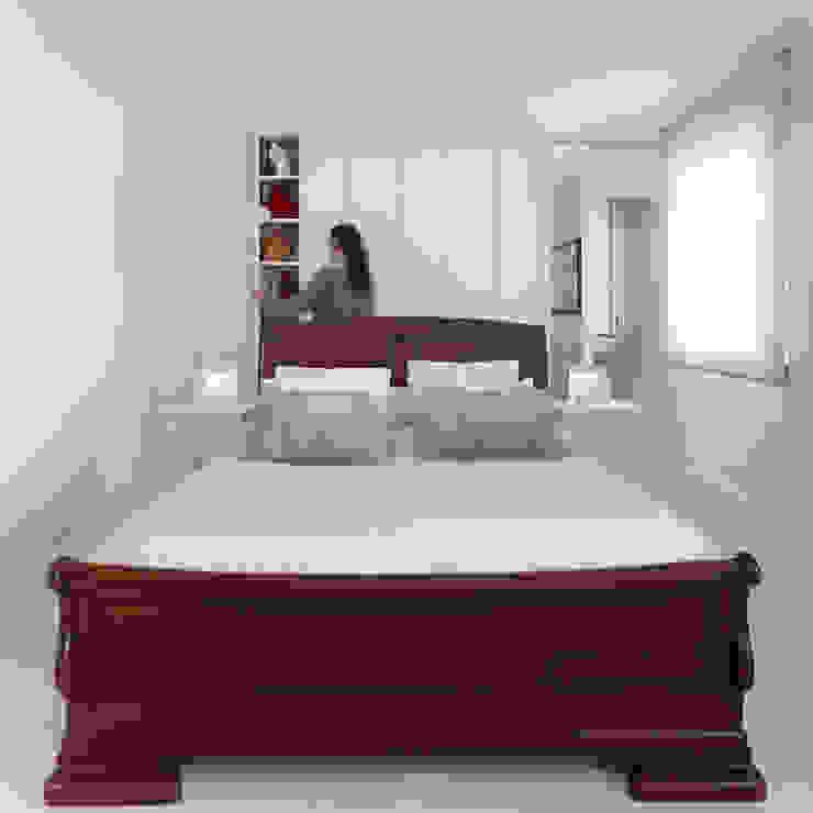 Reforma de piso en Santiago de Compostela Dormitorios de estilo minimalista de Interior Zen. Obras e Proxectos Minimalista