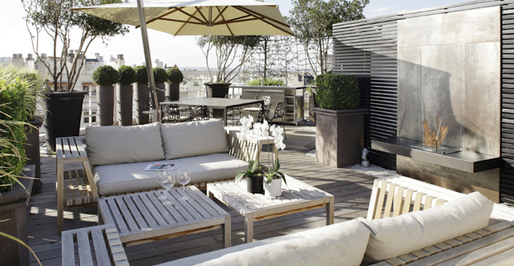 Patios & Decks by Ecologic City Garden - Paul Marie Creation, Modern