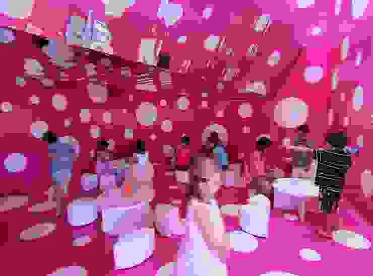 A2arquitectos Espaces commerciaux modernes Rose