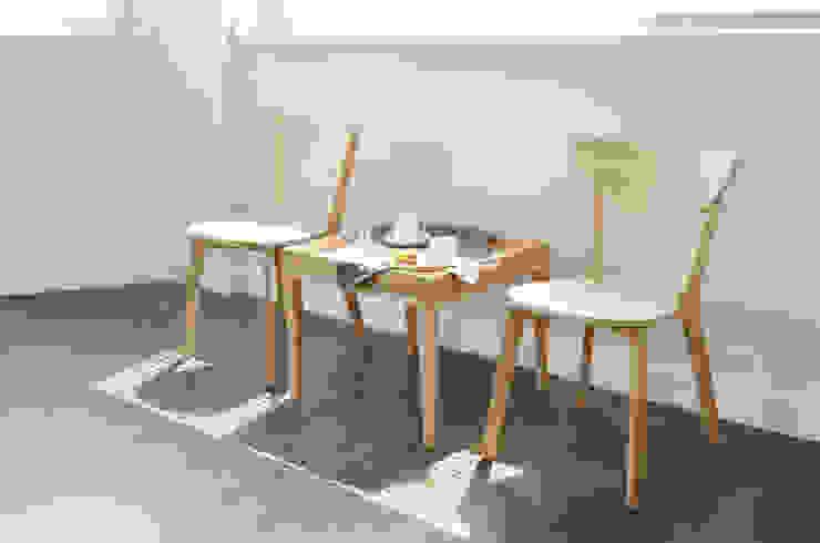 우든하우스 WohnzimmerHocker und Stühle