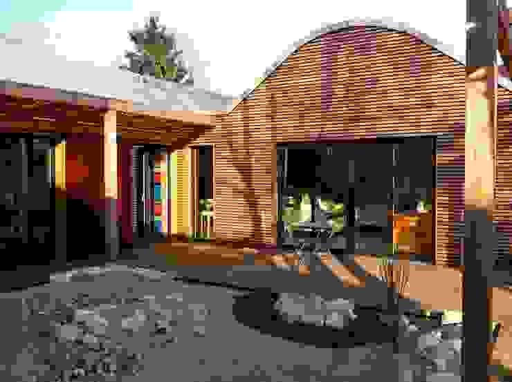 Modern houses by Atelier d'Architecture Marc Lafagne, architecte dplg Modern