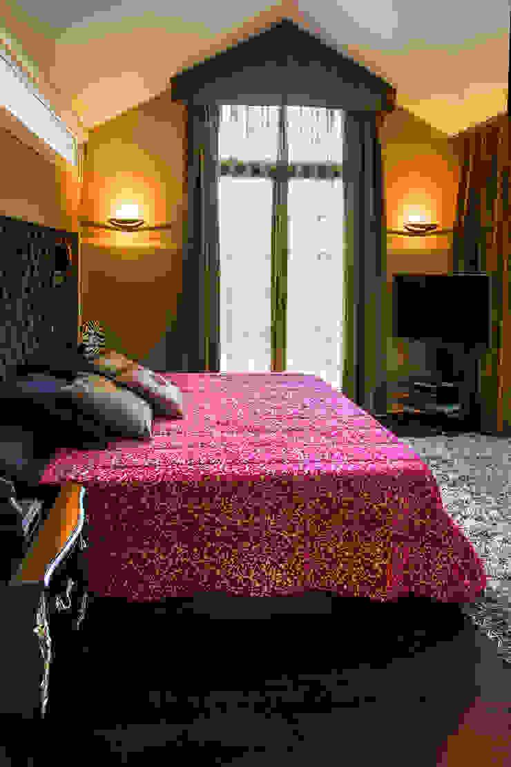 Modern style bedroom by Belén Sueiro Modern