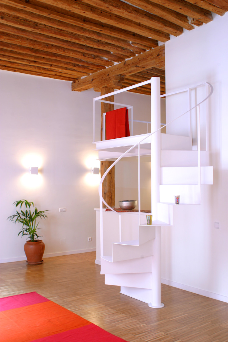 Rehabilitación de edificio ATOCHA. Madrid Habitaciones modernas de Beriot, Bernardini arquitectos Moderno