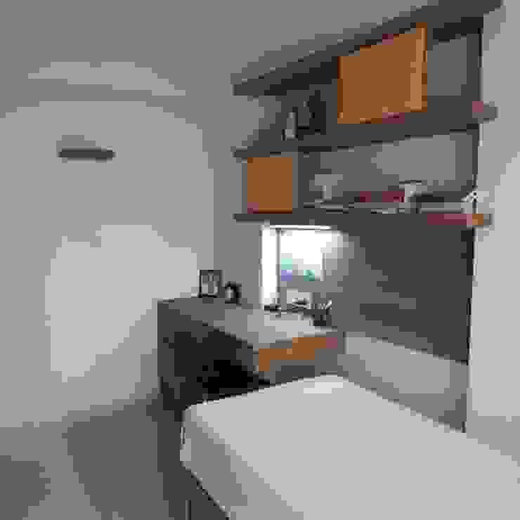 Minimalist bedroom by TWISHA THAKKER Minimalist