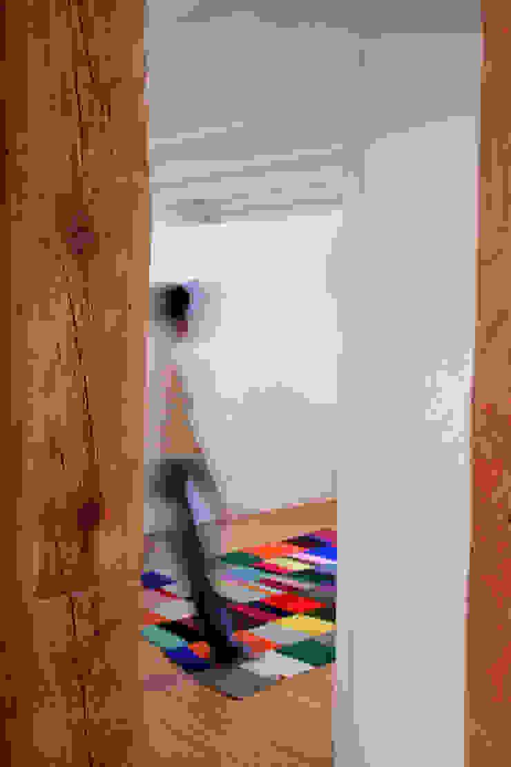Koridor & Tangga Modern Oleh Beriot, Bernardini arquitectos Modern