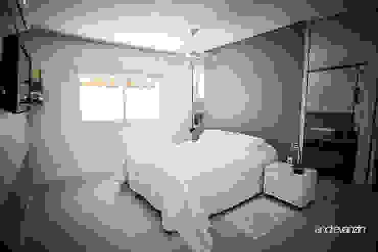 Modern Bedroom by Roma Arquitetura Modern