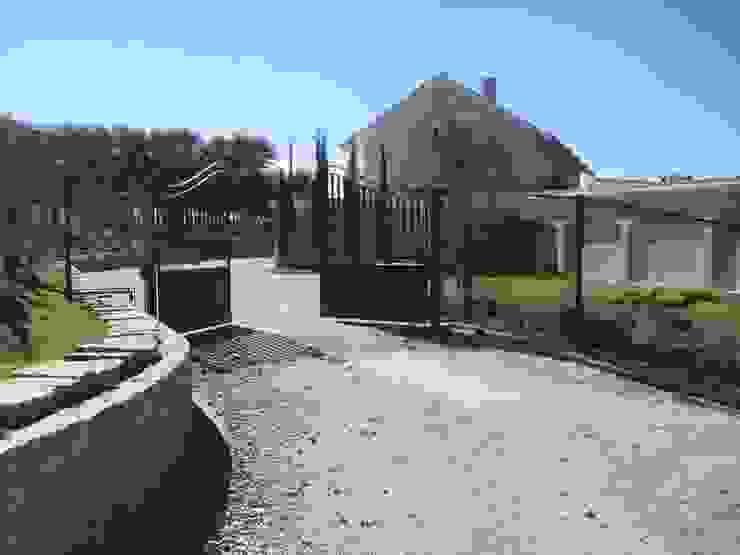 GATE Arquitetos Associados Rumah Gaya Mediteran