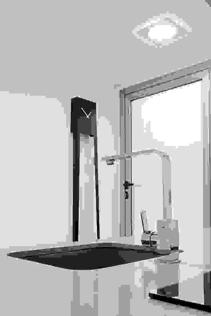 Chiralt Arquitectos KitchenSinks & taps