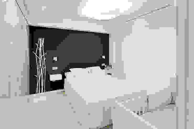 Casa Manises - Dormitorio Dormitorios de estilo minimalista de Chiralt Arquitectos Minimalista