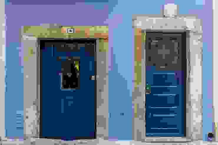 Prédio Turístico em Santa Catarina, Lisboa por alma portuguesa Rústico