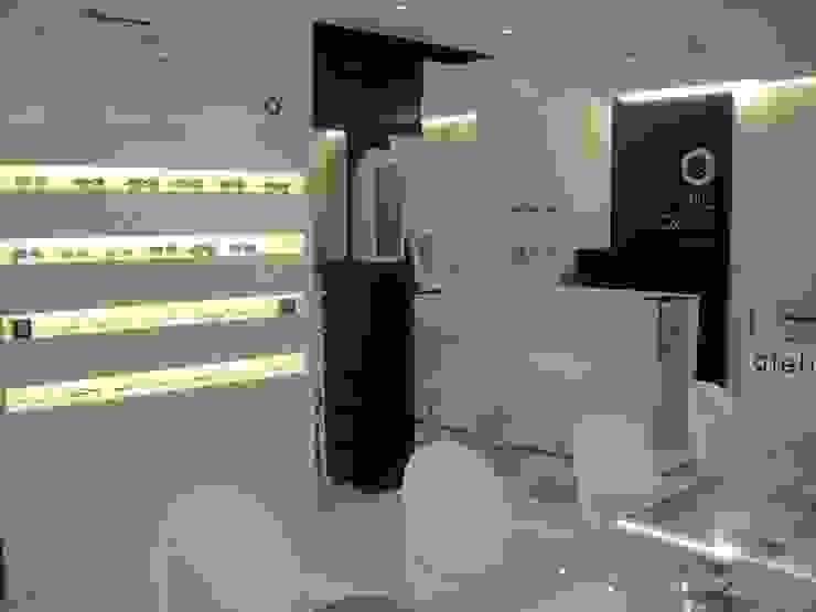 Eric Gozlan Lunettes   PKB Lojas & Imóveis comerciais modernos por iS arquitetura Moderno