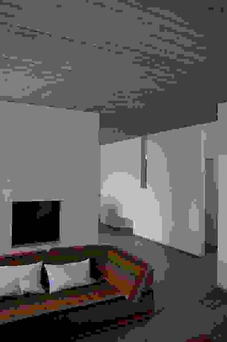 ARTERRA 现代客厅設計點子、靈感 & 圖片