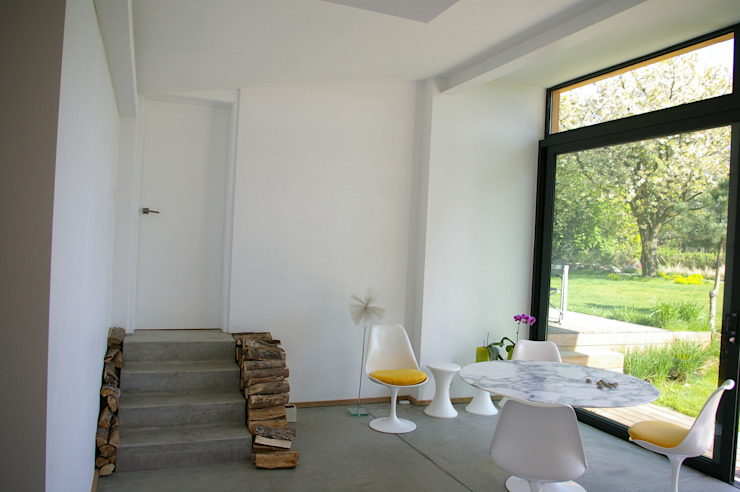 Maison P Salle à manger moderne par ARTERRA Moderne