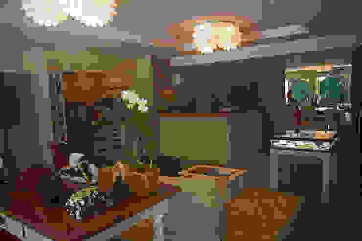 Vista interna Lojas & Imóveis comerciais ecléticos por Viki Kirsten Eclético