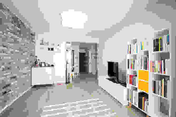 영통 매탄동 동남아파트 22평인테리어: JMdesign 의  거실,인더스트리얼