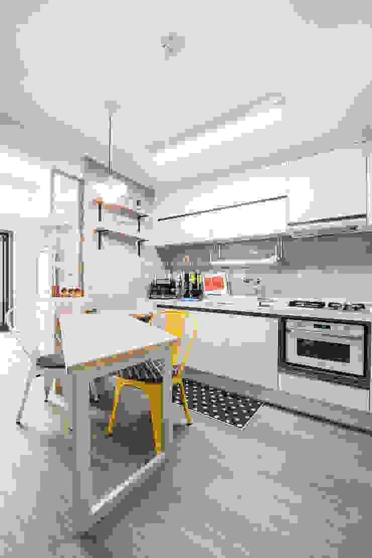 영통 매탄동 동남아파트 22평인테리어 인더스트리얼 다이닝 룸 by JMdesign 인더스트리얼