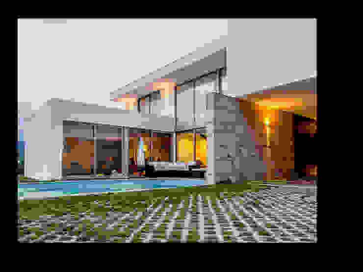 MORADIA RIBEIRA Casas modernas por MDArquitectos Moderno