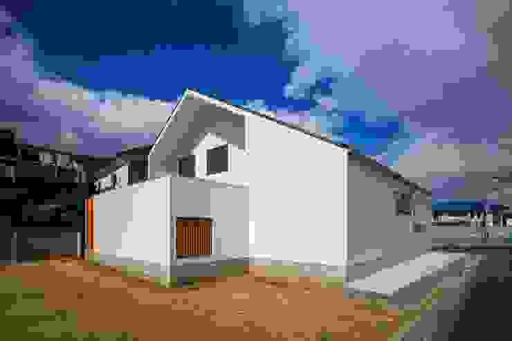 haus-slou モダンな 家 の 一級建築士事務所haus モダン