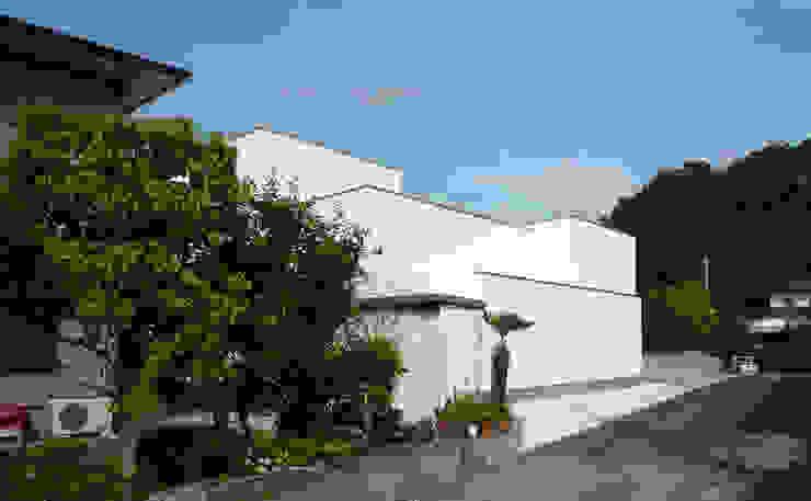 南側外観 オリジナルな 家 の design office ON オリジナル