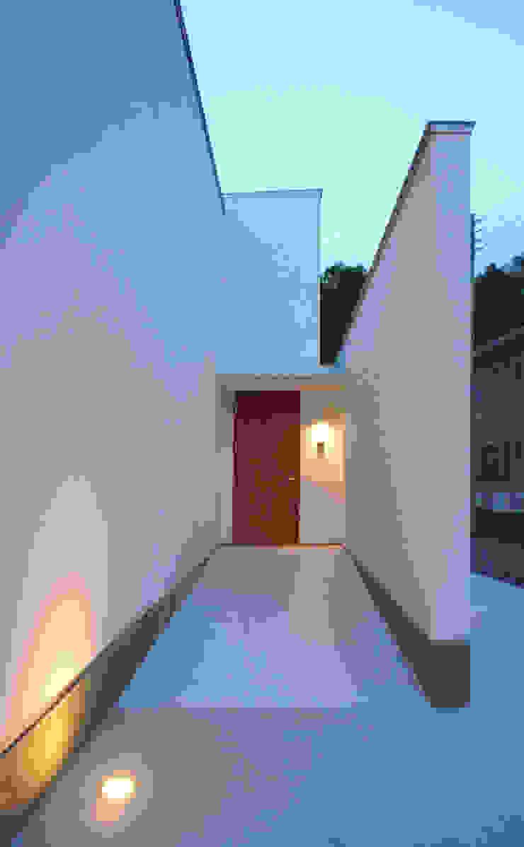 アプローチ オリジナルな 家 の design office ON オリジナル