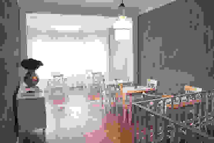 Casa de Godinho Salas de jantar clássicas por GRAU.ZERO Arquitectura Clássico