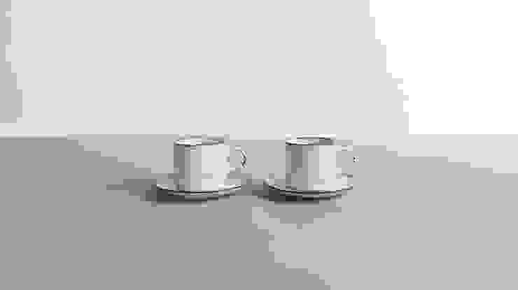 빈티지 세라믹 컵&소서: 프롭에이 (prop-a)의 촌사람 같은 ,러스틱 (Rustic)