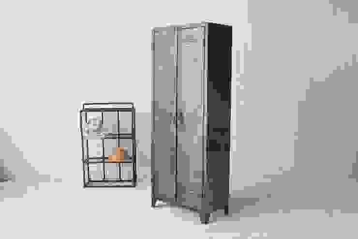 Iron Cupboard: 올오브더빈티지 (all of the vintage)의 인더스트리얼 ,인더스트리얼