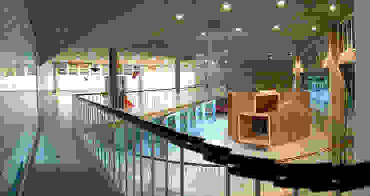 La Cabaña. Pabellón de Arquitectura Cuartos infantiles de estilo moderno de Tragaluz Estudio de Arquitectura Moderno