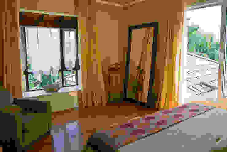 Clásicos Detalles: Dormitorios de estilo  por LLACAY arquitectos