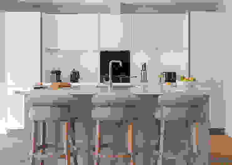 Basement Kitchen Modern Kitchen by homify Modern